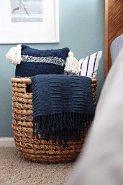 Organize Convenient Storage of Pastel Linen